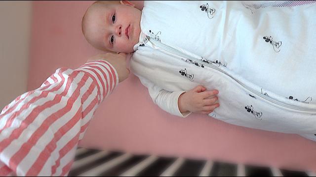 WAAROM HUiLT LUXY?  | Bellinga Familie Vloggers #1307