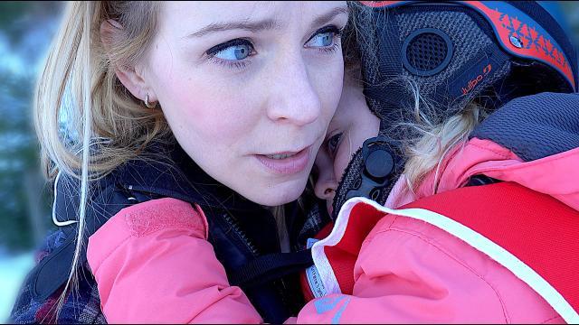 LUCiLLA'S EERSTE SKiLES  | Bellinga Familie Vloggers #1283