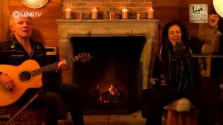 DILANA SMITH - FULL CONCERT - LIVE FROM THE LOG HOUSE