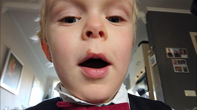 LUAN VLOGT OP 1STE KERSTDAG  ( 2018)   Bellinga Familie Vloggers #1230