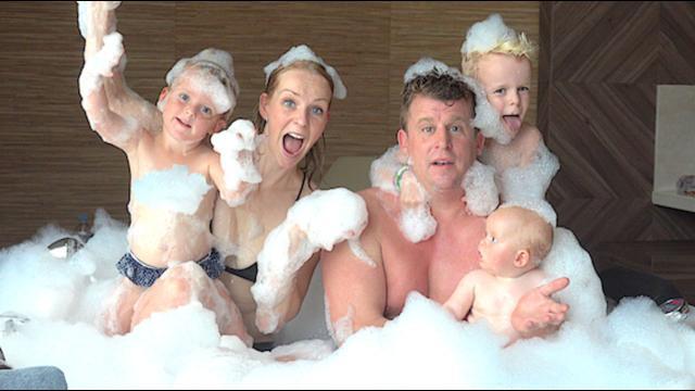 CHiLLEN iN DE HAMAM  | Bellinga Familie Vloggers #1169 #DeBellingaS #BellingaTV #FamilieVloggers.nl #FamiliyVloggers.com #Youtube #Google #Corendon