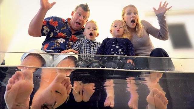 NAAR ViS SPA OP TEXEL  | Bellinga Familie Vloggers #1402