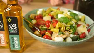 Pastasalade met pestodressing