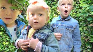 WE ZiJN VERDWAALD iN HET DOOLHOF  | Bellinga Vlog #1809