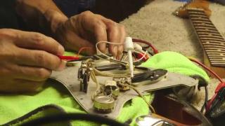 Norman Harris Finds And Opens A Rare Vintage Fender Slab Board Stratocaster 1960 Serial# 51.