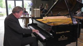Ondernemerslounge (RTL7) | 1.6.09 | Bol Piano's & Vleugels: Henry Kelder