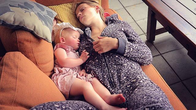 DE VERMOEiDHEiD SLAAT TOE!  | Bellinga Familie Vloggers #1446