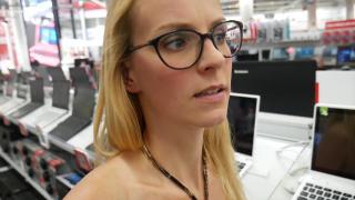LAPTOP REPARATIE MISLUKT! | Bellinga Vlog #343