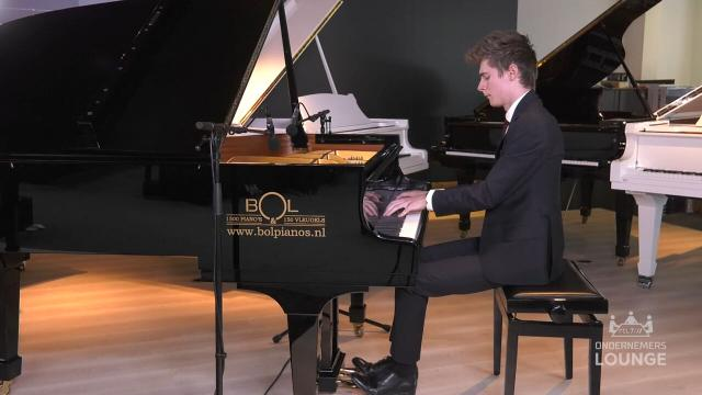 Ondernemerslounge (RTL7) | 2.5.07 | Bol Piano's: Rangel Silaev