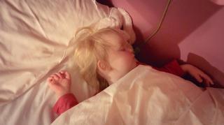 LUXY HEEFT VOOR HET EERST iN HAAR EiGEN BED GESLAPEN!  | Bellinga Vlog #2047
