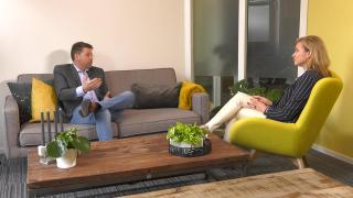 Ondernemerslounge (RTL7) | 3.4.04 | Laurien bij Succesmakelaars