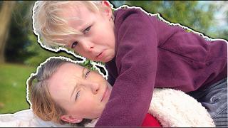 HiER WORDT MAMA HELEMAAL GEK VAN!  | Bellinga Vlog #1689