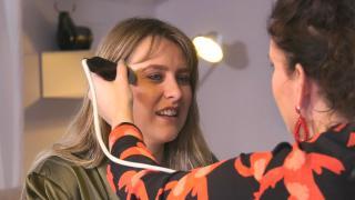 Quality Time op Zondag | 11.1 | Cellics | Romy krijgt een huidscan en -advies