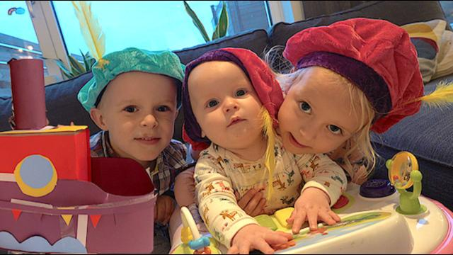 SiNTERKLAAS SURPRiSES MAKEN  | Bellinga FamilieVloggers #1187