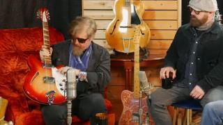 FRET BUZZ Episode 17:  'Rock 'n' Roll Cicadas Enjoy Naked Sunday!'