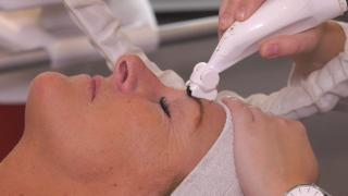 Quality Time op Zondag   15.1   USKIN The Clinic   Body contouring