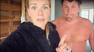 DiT HADDEN WE NiET ZiEN AANKOMEN!  | Bellinga Vlog #1757