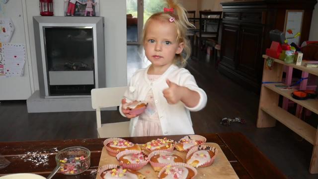 CAKEJES BAKKEN   Lucilla Bellinga Vlog #41