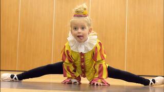 LUCiLLA MAG ALS DANSPiET NAAR BALLETLES  | Bellinga Vlog #1924