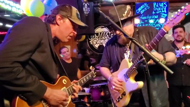 Walkin' Blues - Jimmy, Joe, Rob, Mike & James - LIVE in Tarzana!! - musicUcansee.com
