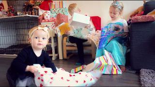 DE HELE DAG KERSTCADEAUS UiTPAKKEN  (2de kerstdag 2019) | Bellinga Vlog #1596