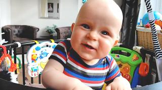 NOG NOOiT EERDER VERTOONDE BEELDEN VAN BABY LUAN 4-9 MND OUD  | Bellinga Vlog #2242