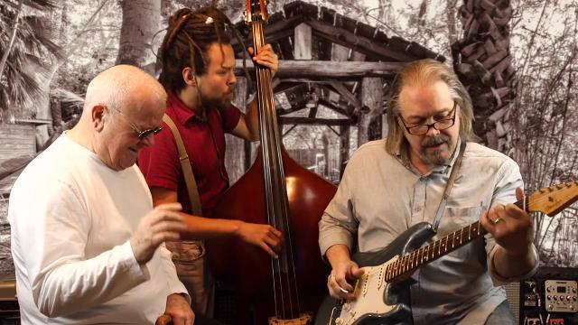 Nextdoor Sessions: House Of The Rising Sun; Jon Woodhead, Lenny Goldsmith, Nathan Rivera.