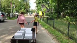 Taartenactie voor bewoners AZC in Harderwijk grandioos succes!