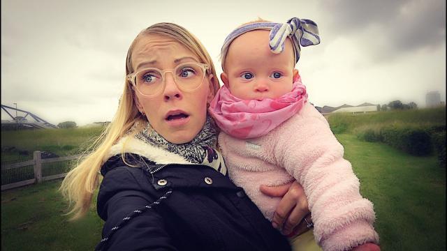 PiP iS WEGGELOPEN!  | Bellinga Familie Vloggers #1384