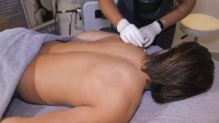 Quality Time op Zondag   2.6   Change Laserclinic   Cemal's harige rug
