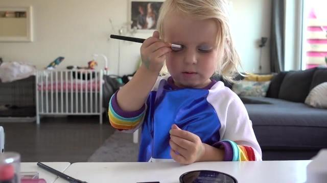 LUCiLLA'S K3 FEESTJE | Bellinga Familie Vlog #1068