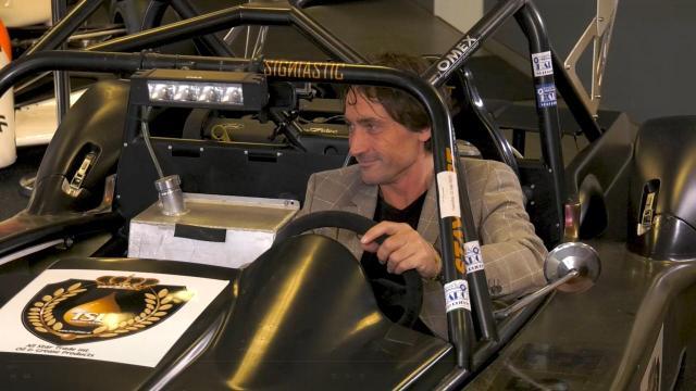 Ondernemerslounge (RTL7) | 3.5.08 | Racewagen van StayFast Racing