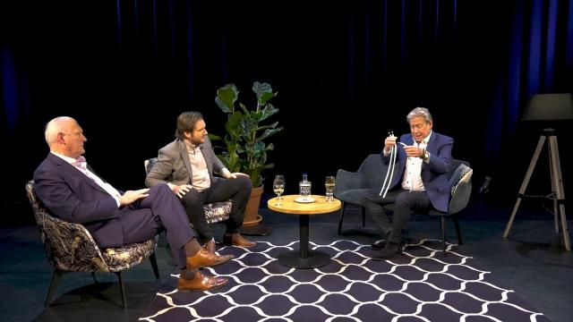 Ondernemerslounge (RTL7) | 3.9.09 | Goocheltruc van Hans Kazàn
