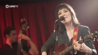 SARA NIEMIETZ - ENCOURAGEMENT - Monroe [live]