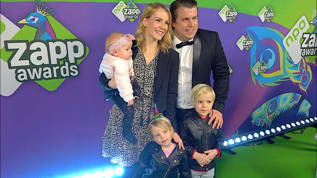 LiVE ZAPP AWARDS SHOW MET DE KiDS | Bellinga Familie Vloggers #1290