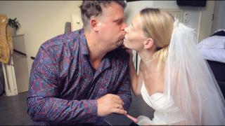 WiJ ZiJN 9 JAAR GETROUWD! | Bellinga Vlog #1778