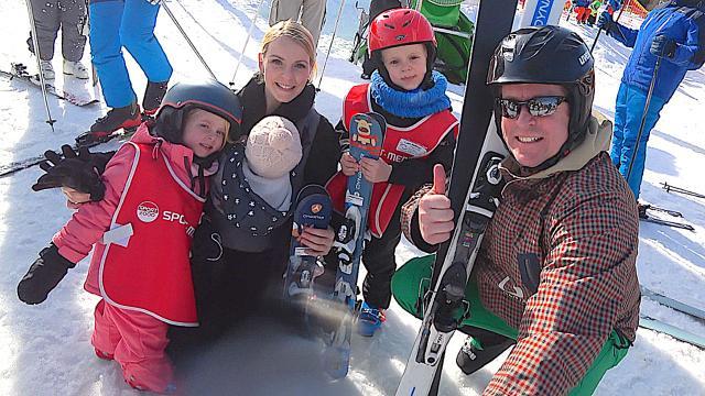 KUNNEN WE MET Z'N ALLE Skiën ?  ( skivakantie 2019) | Bellinga Familie Vloggers #1284