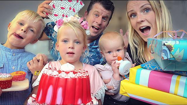 iS DEZE SLAGROOMTAART ECHT OF NEP?  ( fanmail uitpakken) | Bellinga Familie Vloggers #1425
