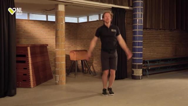 #11 Jumping Jacks - NL Actief