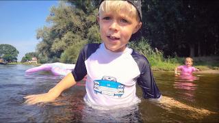 DiT MAG LUAN NOG NiET LATEN HOREN!  ( zwemmen in de kolk) | Bellinga Vlog #1826