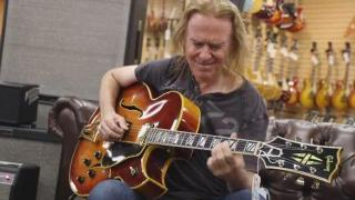 David Becker talks about his Theory, Style & Technique at Normans Rare Guitars!.mp4