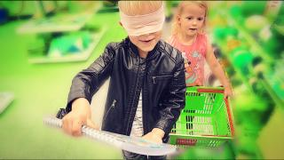 BACK TO SCHOOL GEBLiNDOEKT SHOPPEN  | Luan Bellinga #98