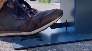 Quality Time op Zondag | 20.1 | Alumexx | Dispenser met voetpedaal
