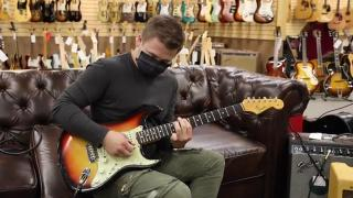 Hunter Hayes playing a 1965 Fender Stratocaster at Norman's Rare Guitars