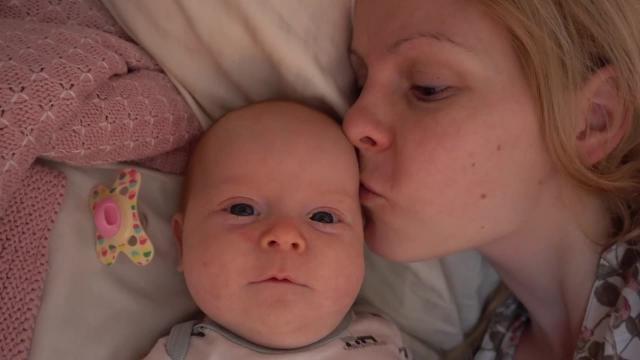 HYSTERiSCHE OCHTEND ROUTiNE OP VAKANTiE!  | Bellinga Familie Vlog #995