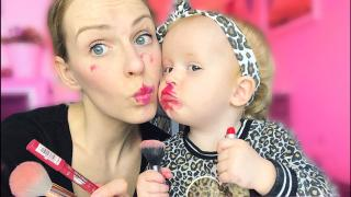 2 JARiGE LUXY DOET MAMA MAKE-UP  | Luxy Bellinga #14