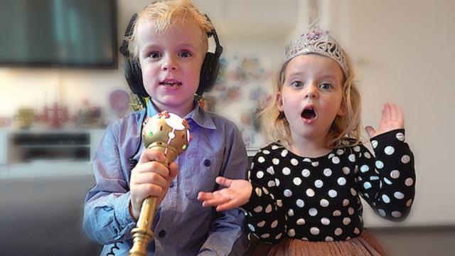 KiNDERLiEDJES RADEN!  | Bellinga Familie Vloggers #1226
